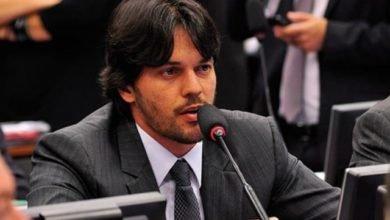 Photo of Ministro das Comunicações Fábio Faria busca pacificação entre Rede Globo e Bolsonaro